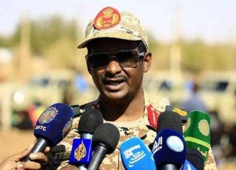 قائد قوات الدعم السريع في السودان يؤدي القسم نائبا للمجلس العسكري