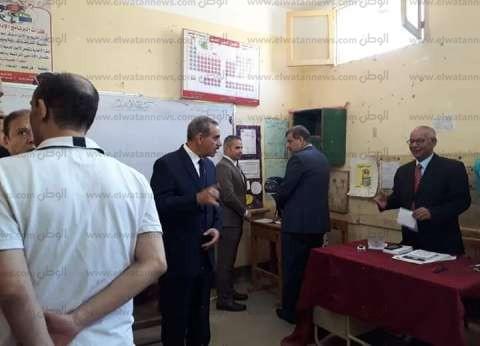 محافظ أسيوط يدلي بصوته في الاستفتاء على التعديلات الدستورية