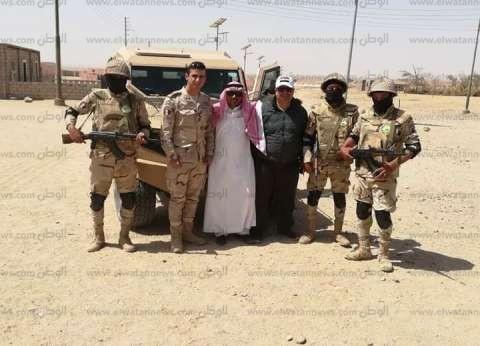 """شيخ """"الحويطات"""": القوات المسلحة توزع مساعدات على بدو طور سيناء"""