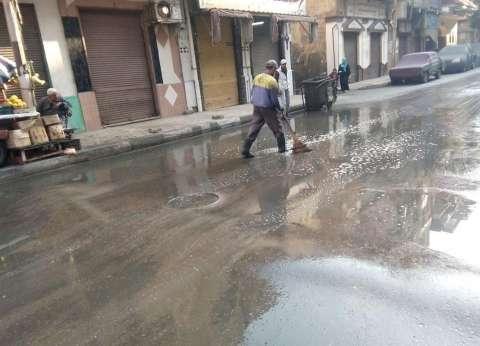 """كسح مياه الأمطار بـ""""جمرك الإسكندرية"""".. والمحافظة تعلن الطوارئ"""