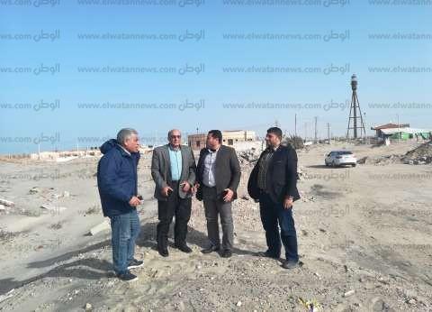 بالصور  معاينة موقع إنشاء محطة تحلية مياه البحر في كفر الشيخ