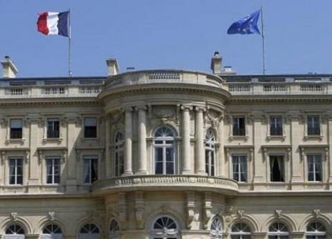 فرنسا تشكل خلية أزمات بعد تفجيرات سريلانكا