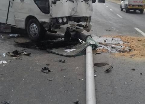 """مصرع طفل وإصابة والدته إثر اصطدام """"توك توك"""" بسيارة أجرة في المنيا"""
