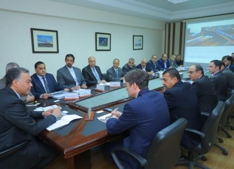 وزير النقل يلتقي وفد «سيمنز» لمتابعة معدلات تنفيذ «تحديث نظم الإشارات»