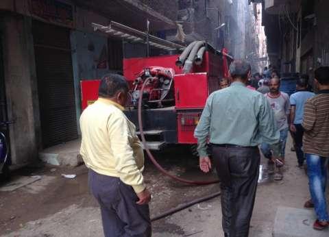 حريق يلتهم سيارة نقل مواد غذائية في مطروح