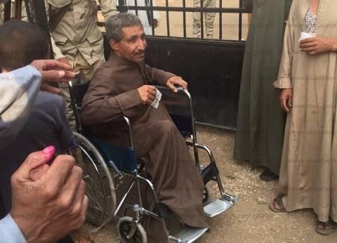 الأمن يتدخل لمنع أنصار مرشح من توزيع دعاية أمام لجان كرموز في الإسكندرية