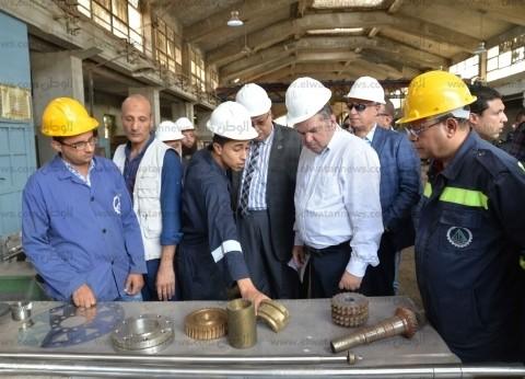 """هشام توفيق لـ""""الوطن"""": 5 شركات عالمية سحبت كراسات تطوير """"الحديد والصلب"""""""