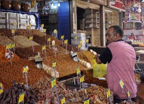 """رئيس شعبة البقالة: """"التجار"""" لا يرضيهم ارتفاع الأسعار حفاظا على المكسب"""