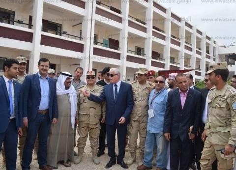 """وفد من """"الصحة"""" يرافق محافظ جنوب سيناء أثناء استقباله وفدا مجريا"""