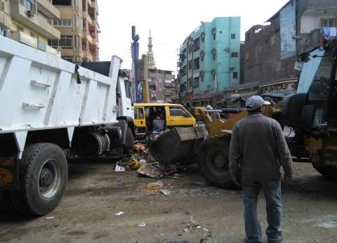 بالصور| رئيس مدينة المحلة يكلف حي أول بأعمال تطوير وتجميل الشوارع