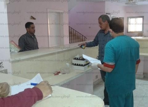 """وكيل """"صحة البحر الأحمر""""يقيل مدير إدارة ويحيل أطباء للتحقيق"""