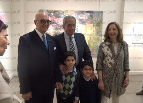 فيديو| تعرف على رأي فاروق حسني وعمرو موسى ولميس في لوحات نازلي مدكور