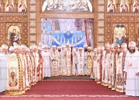 """""""إيبارشيات المجمع المقدس"""" تنفي محاولات عزل البابا تواضروس"""
