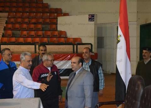 رئيس محكمة المنصورة يتفقد مقر اللجنة العامة للانتخابات