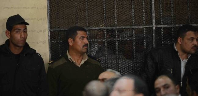 تأجيل إعادة محاكمة متهم بإحراق سيارة شرطة في حلوان لـ8 يوليو