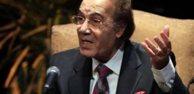 كيف استقبل محمود ياسين شائعات وفاته؟.. ابنته تجيب