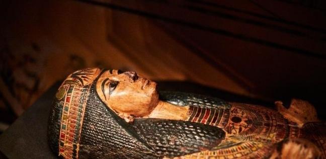 تابوت الكاهن المصري نسيامون