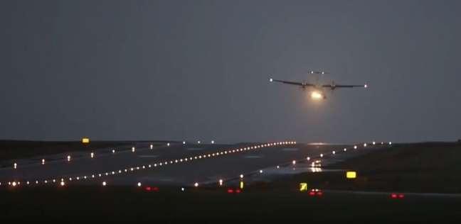 عاجل| هبوط اضطراري لطائرة سعودية في مطار القاهرة الدولي