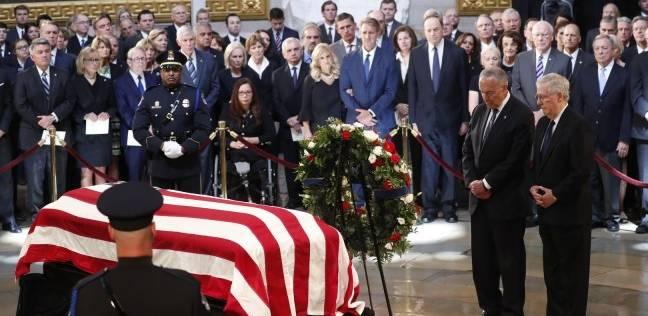 """أوباما وابنة ماكين ينتقدان ترامب في مراسم وداع """"جون ماكين"""""""