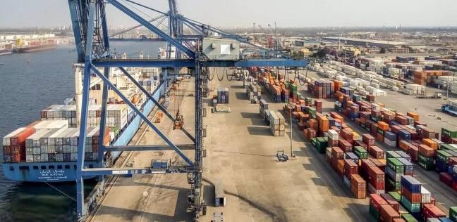 143 ألف طن قمح رصيد صومعة الحبوب والغلال بميناء دمياط