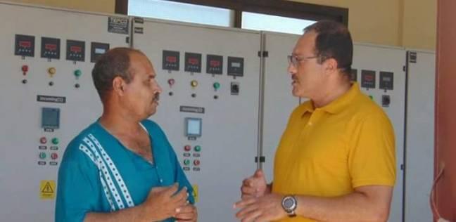 رئيس مدينة الشلاتين يتفقد محطة الكهرباء