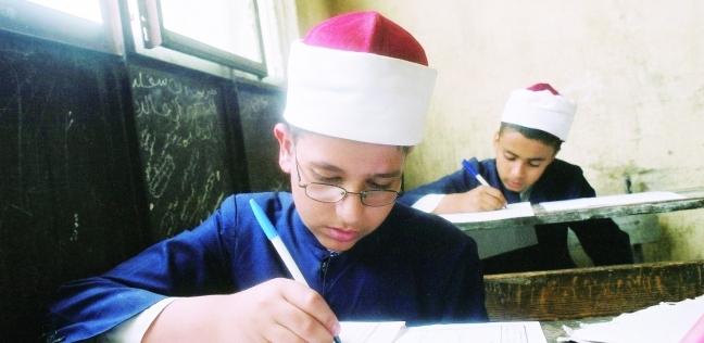 «تطوير التعليم الأزهرى» خطوة للأمام و 10  للخلف