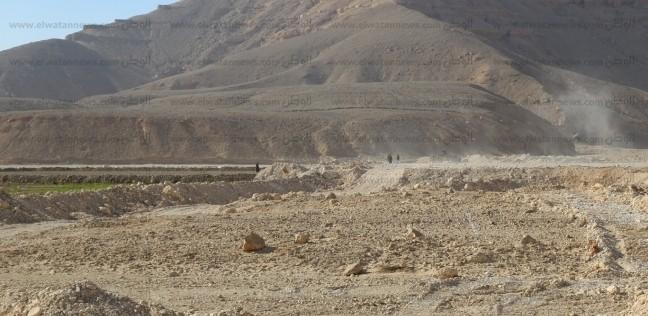 محافظ قنا: إنشاء بحيرة صناعية لإنقاذ قرية الهيشة من خطر السيول