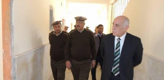 مدير أمن المنيا يتفقد أعمال ترميم مركز شرطة سمالوط