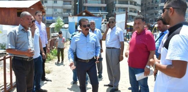 """""""منشورات تعريفية"""" لرواد الشواطئ في الإسكندرية لمنع الاستغلال"""