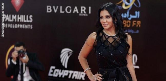 """تصريحات دافع فيها صبحي عن رانيا يوسف: """"محترمة.. وحاسبوا اللي لف وراها"""""""