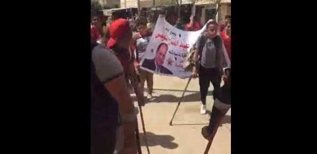 طوابير لذوي الاحتياجات الخاصة أمام لجنة في حي السلام للتصويت