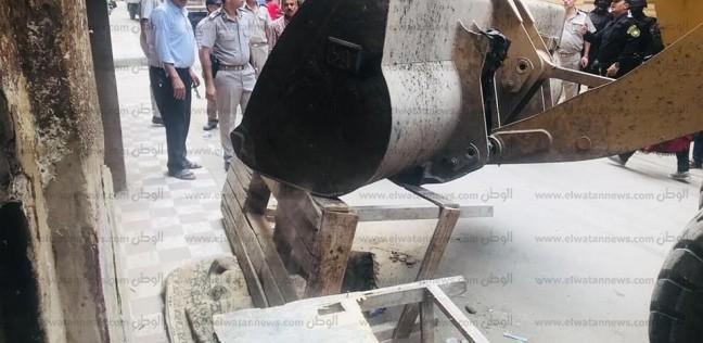 ضبط 595 مخالفة إدارية وتحرير 155 محضرا في حملات مكبرة بأحياء القاهرة