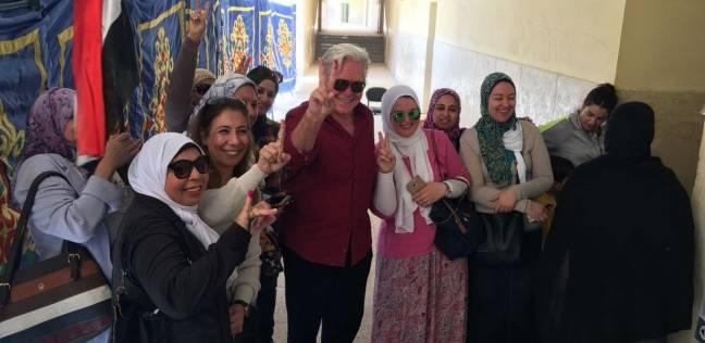 07451aa41 الوطن | الانتخابات | حسين فهمي يدلي بصوته في انتخابات الرئاسة بالشيخ ...