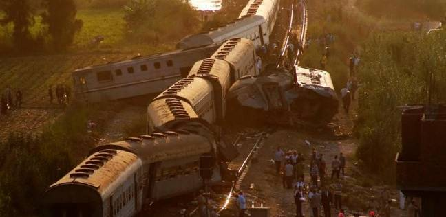 تصادم قطار «شبين» بسيارة نقل والسكة الحديد: أزلنا آثار الحادث