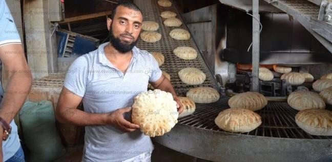 بالصور| رئيس بلطيم يطمئن على جودة الخبز بمخابز المدينة