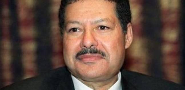 من هو العالم المصري الراحل أحمد زويل؟ سيرته الذاتية وانجازاته