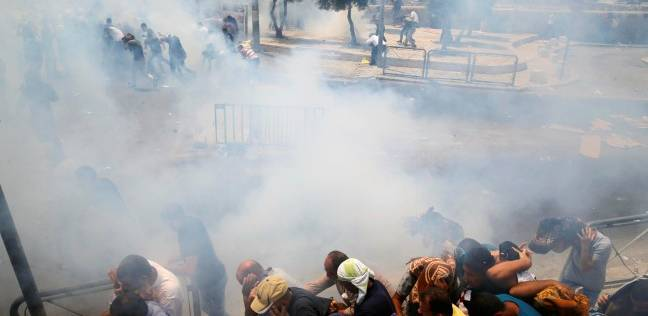 الهلال الأحمر: الاحتلال يمنع نقل المصابين في الأقصى للمستشفيات
