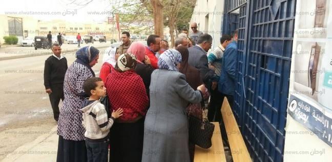 """توافد العشرات على لجان """"أبو النمرس"""" وسط تشديدات أمنية"""