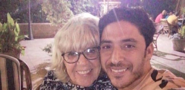 محمود وزوجته ايريس