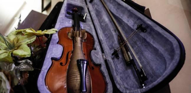 آلات موسيقية من مخلفات الحرب: اضرب كمان