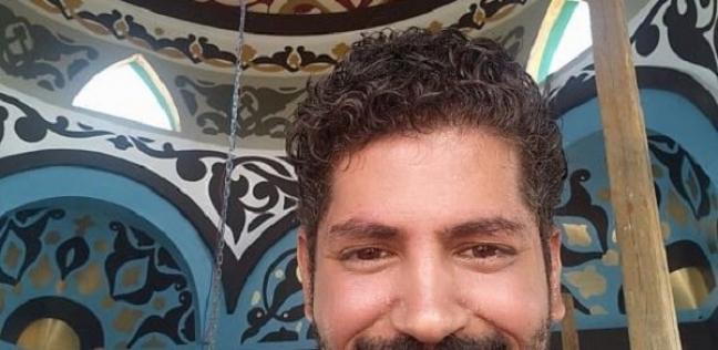 مصطفى الدمرداش.. رسام ومرشد سياحي سابق