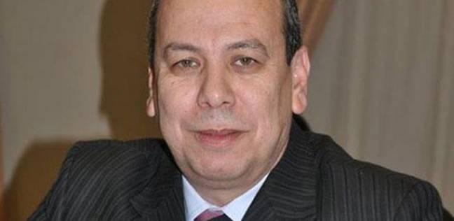 """محافظ دمياط: لا صحة لتأخر المستحقات المالية لصناع أثاث في """"الأسمرات"""""""