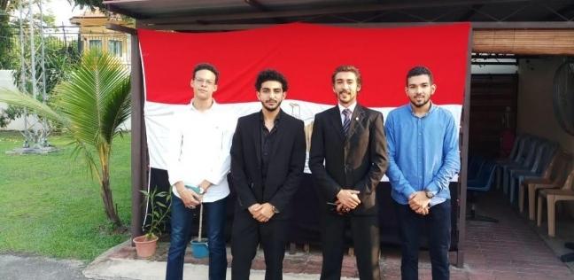 بالصور| أبناء الجالية المصرية بتونس وماليزيا يشاركون في الاستفتاء
