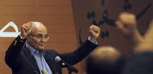 """شفيق: الإمارات عرضت مساعدات على أسرتي بعد عودتي لمصر.. """"دولة كريمة"""""""