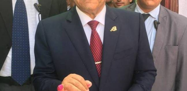"""محافظ الغربية يدلي بصوته في """"هابي بيبي"""" ويتفقد لجان الانتخابات بطنطا"""