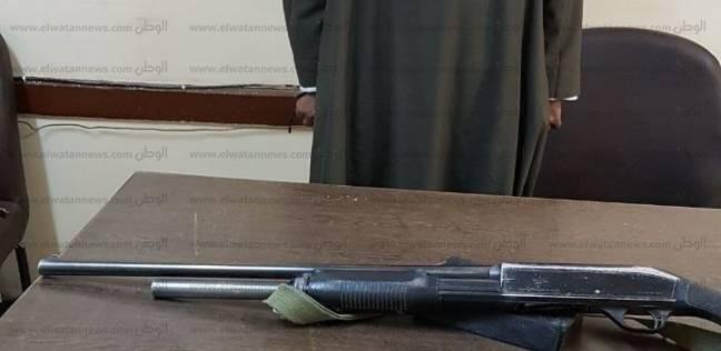 ضبط سلاح ناري روسي بحوزة عامل في أسوان