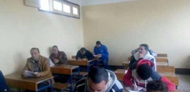 امتحانات فورية لمحو الأمية بقرية 24 بنجر السكر بمطروح