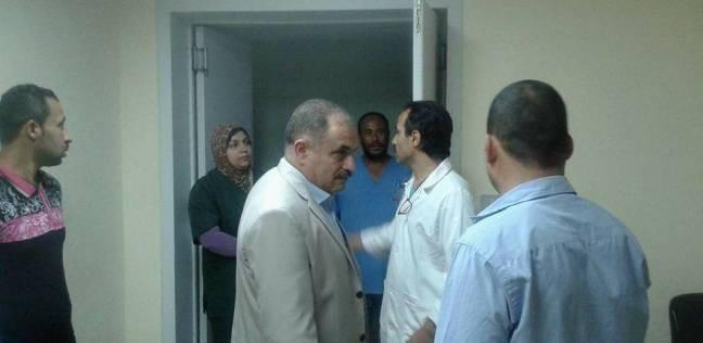 سكرتير عام محافظة الوادي الجديد يتفقد مستشفى الخارجة العام