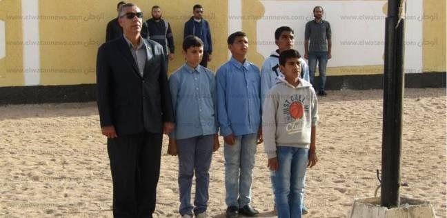 رئيس مدينة أبورديس يتفقد سير العملية التعليمية بمدرسة عمر بن الخطاب