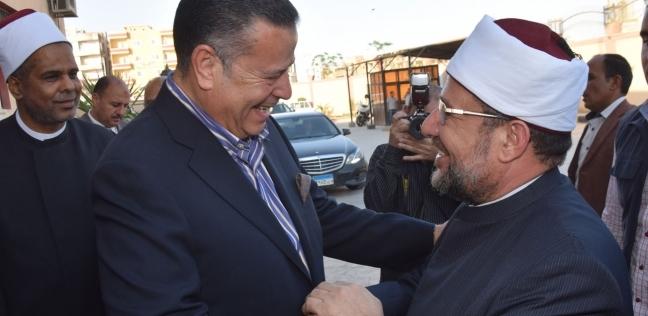 محافظ بني سويف ووفد كنسي يستقبلون وزير الأوقاف